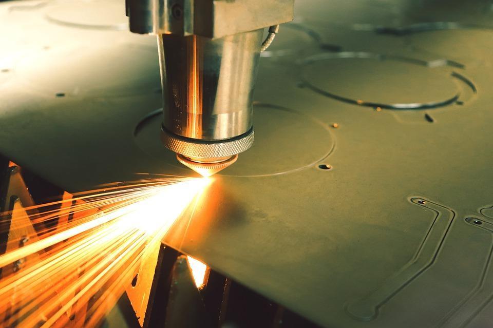 Лазерното рязане в различните индустрии